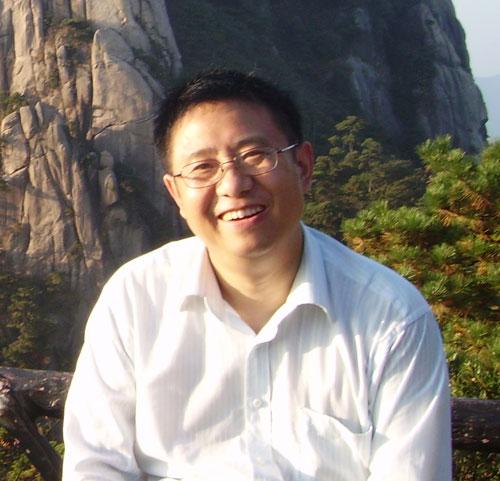 郑继文(资深媒体人,文化学者,作家,著作有《丝绸文化中的天人合一精神》等)